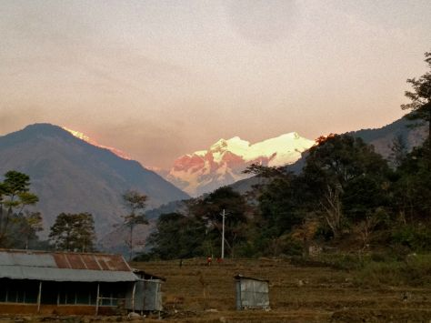 """Manaslu (8200 m) was in the background now and then the first 3 days of our trek - here from Ngadi. It is actually the highest peak we saw (the Annapurna 1 being """"just"""" 8091m). By the way, there are just 14 mountains above 8000 in this planet."""